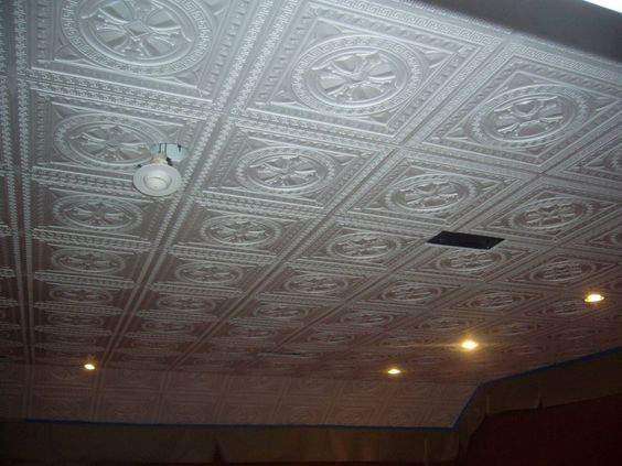 Потолок из пенопласта