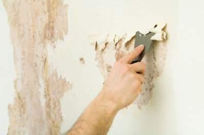 Удаление штукатурки со стены